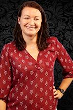 Leah Dolezal headshot